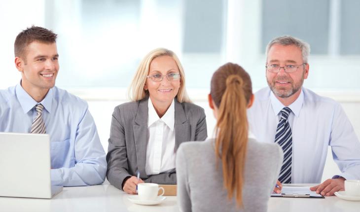 Si të përgjigjeni në 10 pyetjet më të zakonshme në intervista të punës