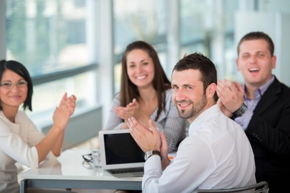 Si të jeni më të lumtur në punë?