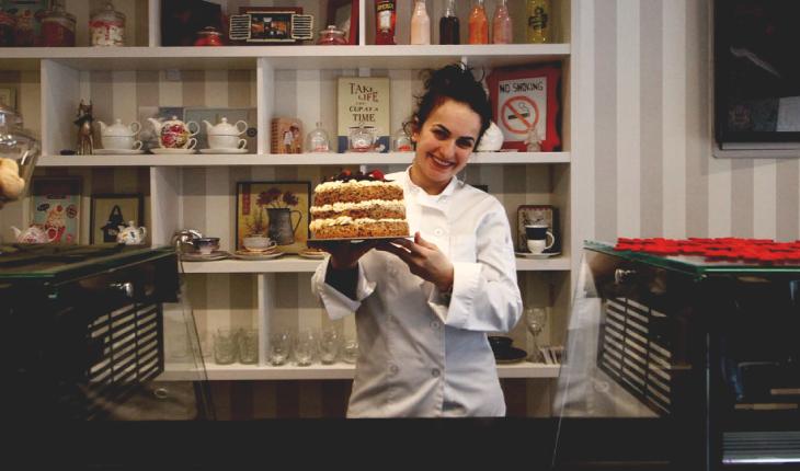Nga ekonomia në gastronomi, rrugëtimi i sipërmarrëses Rudina Qosja