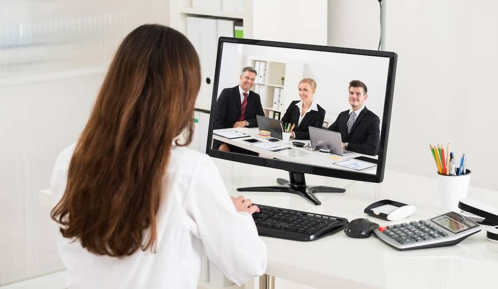 Rekrutimi online: Si realizohet intervistimi për punë?