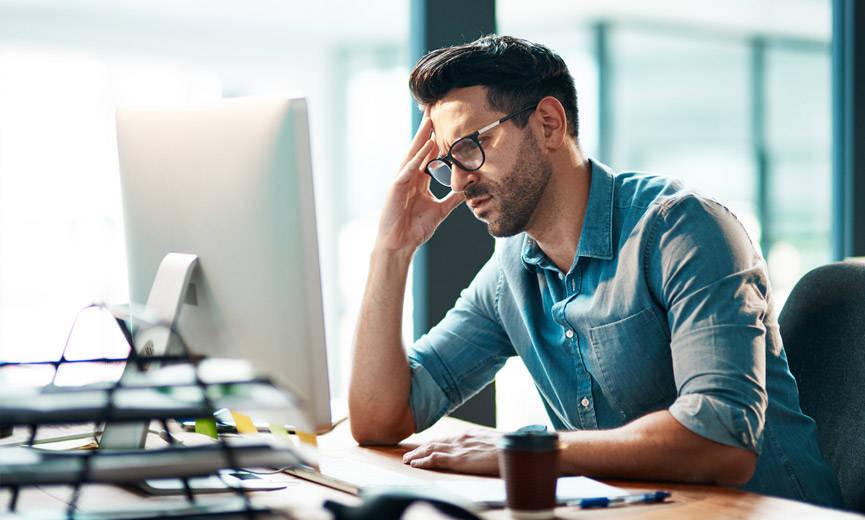 Si ta menaxhoni stresin e një pune të re?