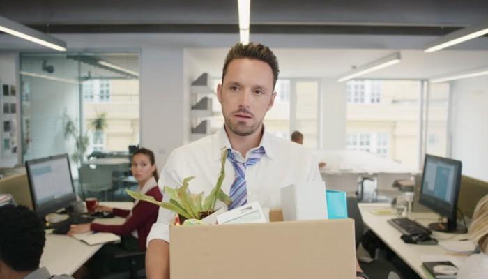 Gabimet që duhet t'i shmangni nëse largoheni nga puna