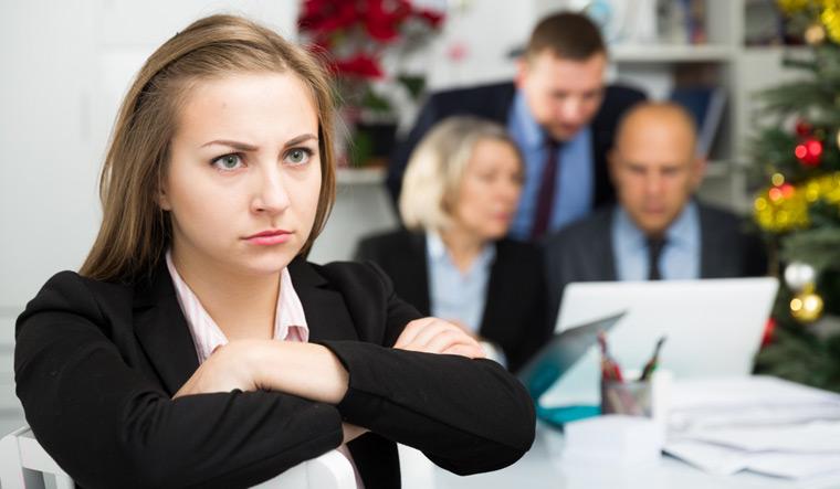 7 mënyra sesi të menaxhohen xhelozitë në vendin e punës