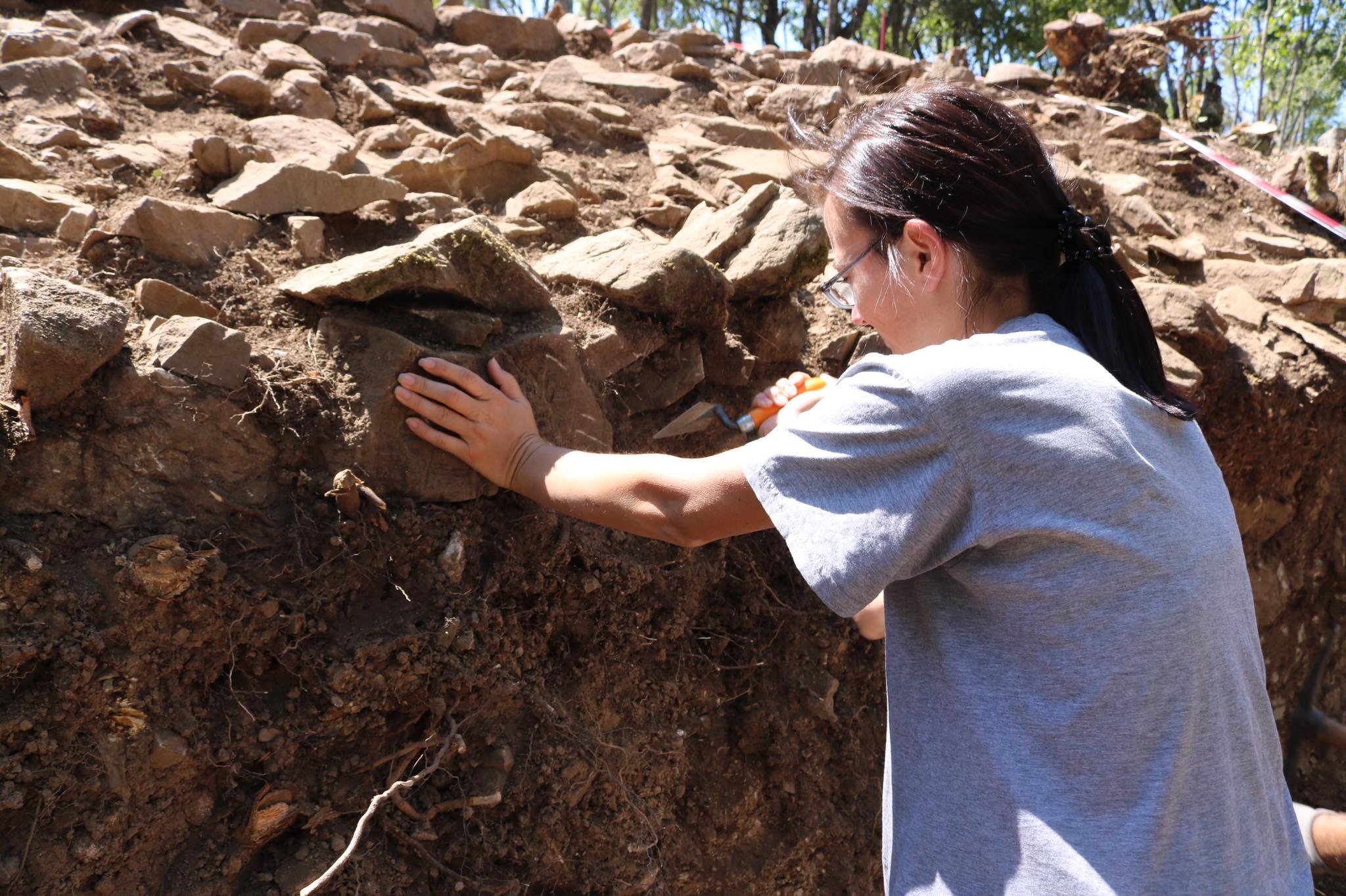 Në kërkim të së vërtetës, Edona Arifi tregon përvojën e saj në rrugën e arkeologjisë